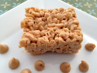 Peanut Butter & White Chocolate Krispie Squares
